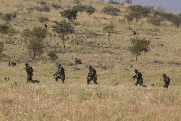 Imágenes del entrenamiento militar. Fuente: www.musabyimana.net